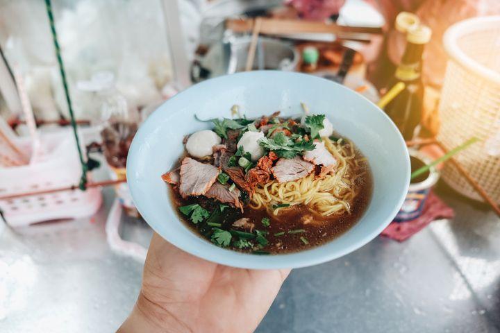 シンガポールの屋台飯を楽しむ方法とおすすめの屋台村(ホーカーズ)