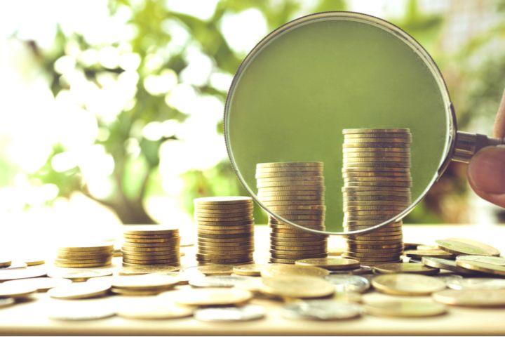 25歳の人の貯金の平均額はどれくらい?無理なくお金を貯める方法も紹介!