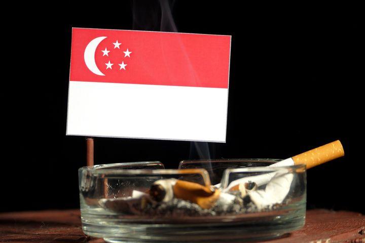 シンガポールのタバコの税金について|日本から持ち込むのは得になるのか